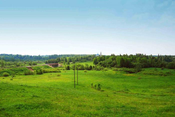 Участки в Московской области пользуются большим спросом у покупателей, чем готовые дома