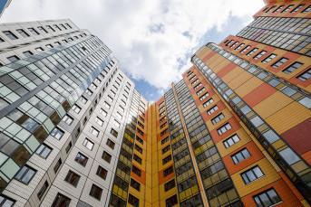 Жителей столичных хрущевок переселят в современные монолитные и панельные дома