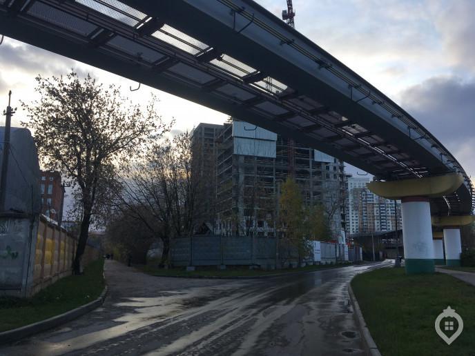 """ЖК """"Фонвизинский"""": скромный паркинг, но до метро 100 метров - Фото 46"""