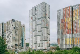 """Три новых дома сдано в квартале """"Спутник"""""""
